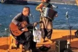 伊人依旧组合演奏《罗萨舍酒庄》《兰巴达》《Polca Brillante》欣赏