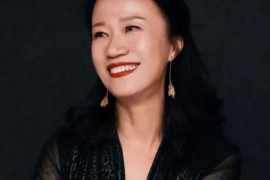 中国手风琴人物榜——刘芳
