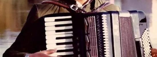 """由""""打虎上山""""回想起的往事——杨智华老师手风琴曲谱《打虎上山》创作故事"""