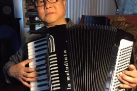 中国知名的手风琴演奏家——杨智华